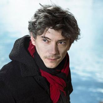 Emmanuel, joué par Swann Arlaud